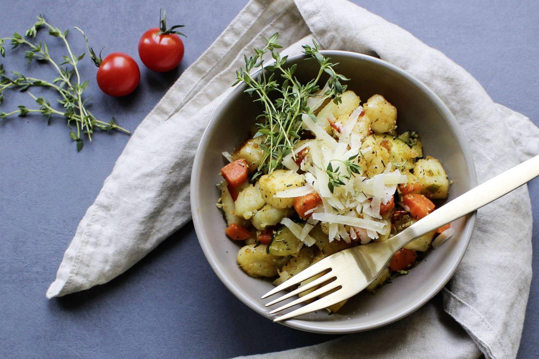 Gnocchi mit Grillgemüse und Halloumi