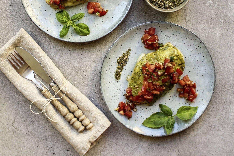 Chicken bruschetta with Tuscany herbs