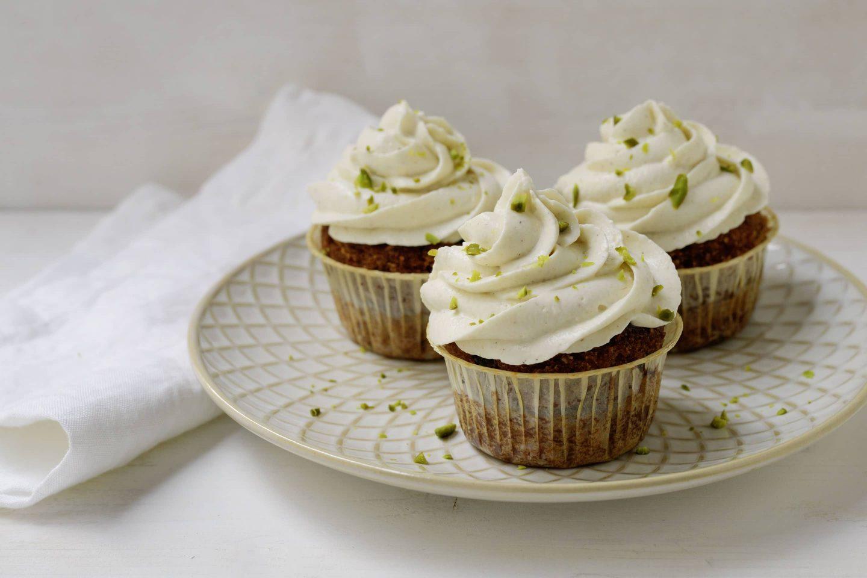 Karottenkuchen Cupcakes mit Pistazien