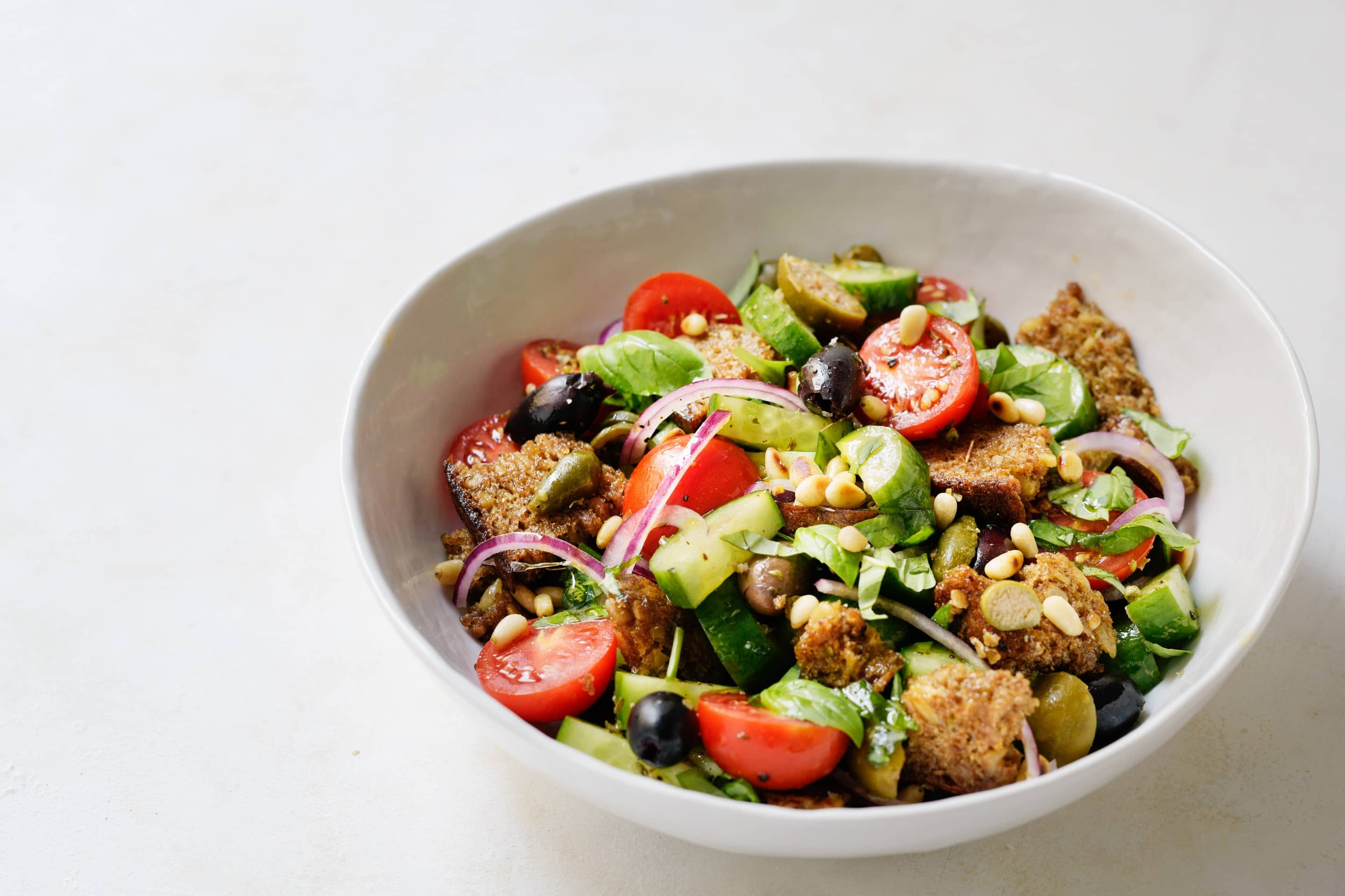 12+ Colorful Panzanella with an Herb Dressing Galerie