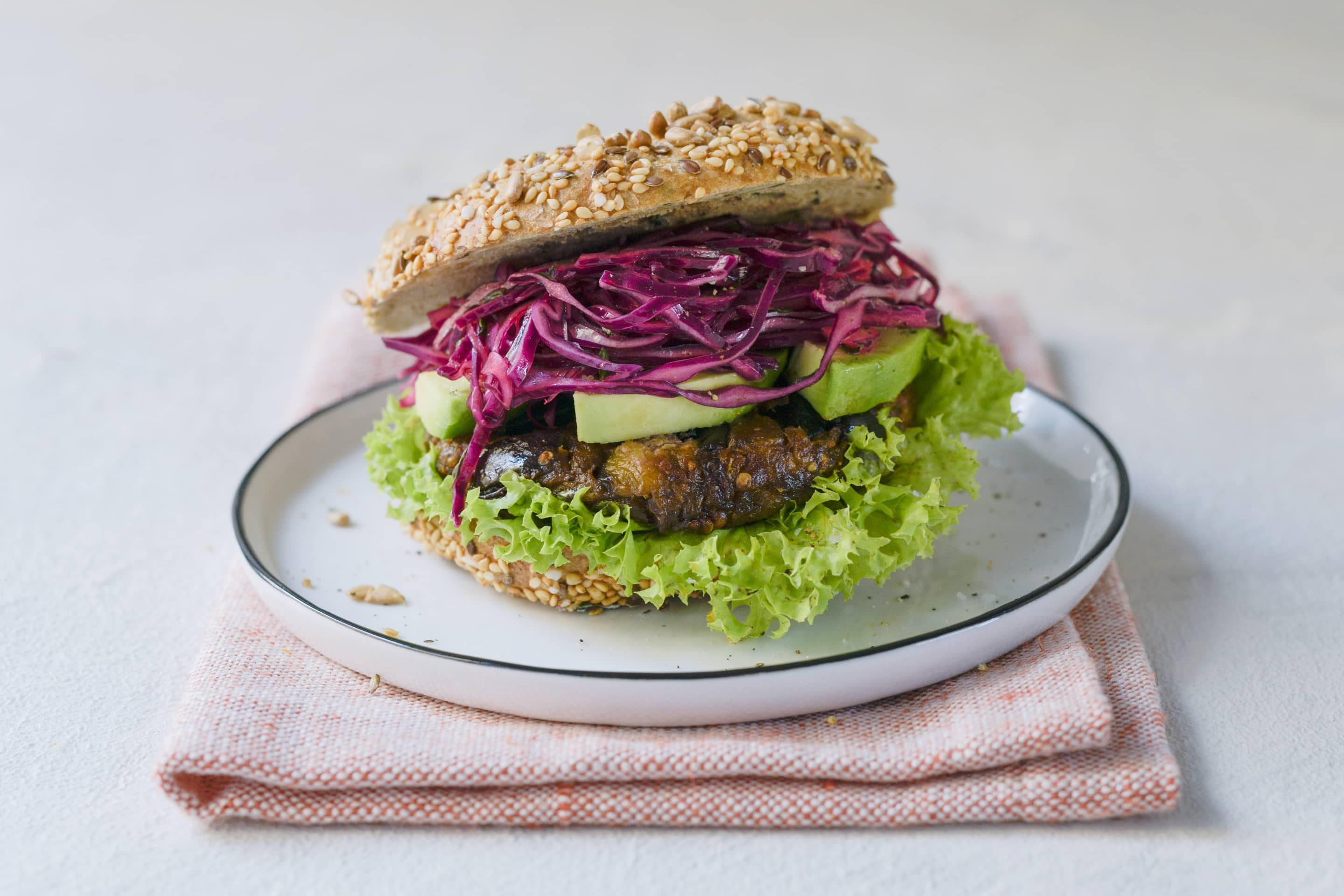 Thyme And Eggplant Burger With Red Cabbage And Avocado Recipe Kotanyi