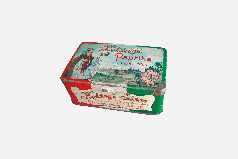 Kotányi ground paprika packaging from 1900.