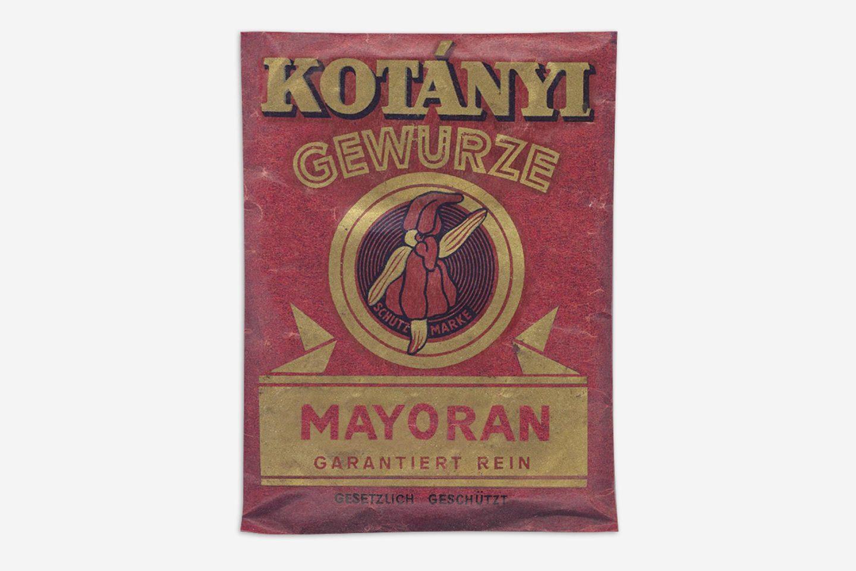 A Kotányi marjoram sachet from 1900.